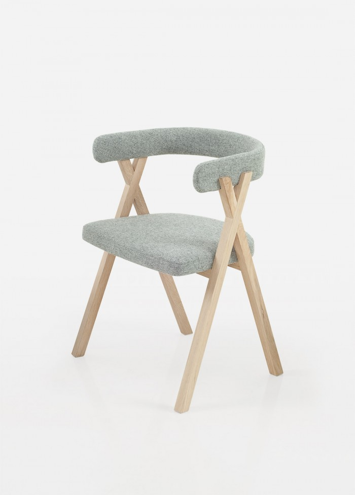 benoit-deneufbourg_crossing-chair_01