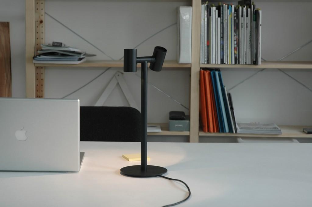 benoit-deneufbourg_pipeline-lamp_black_01